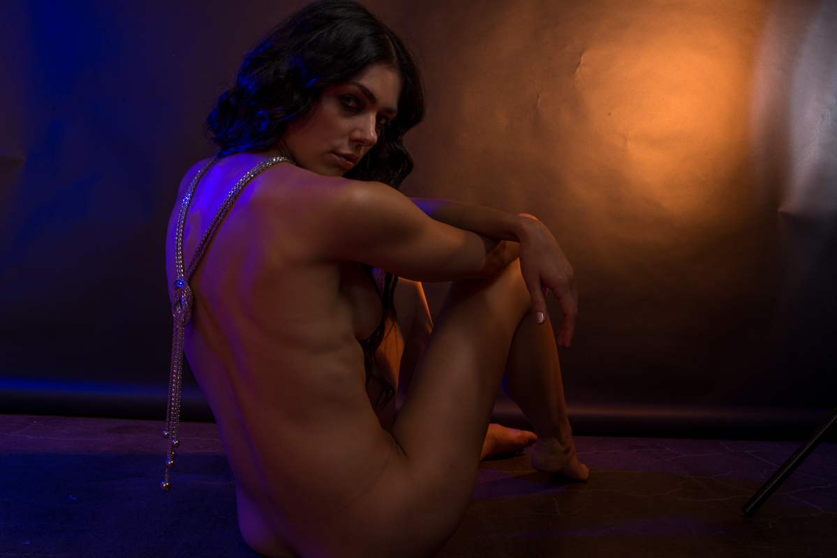 hot naked photo of adrian curry jpg 422x640