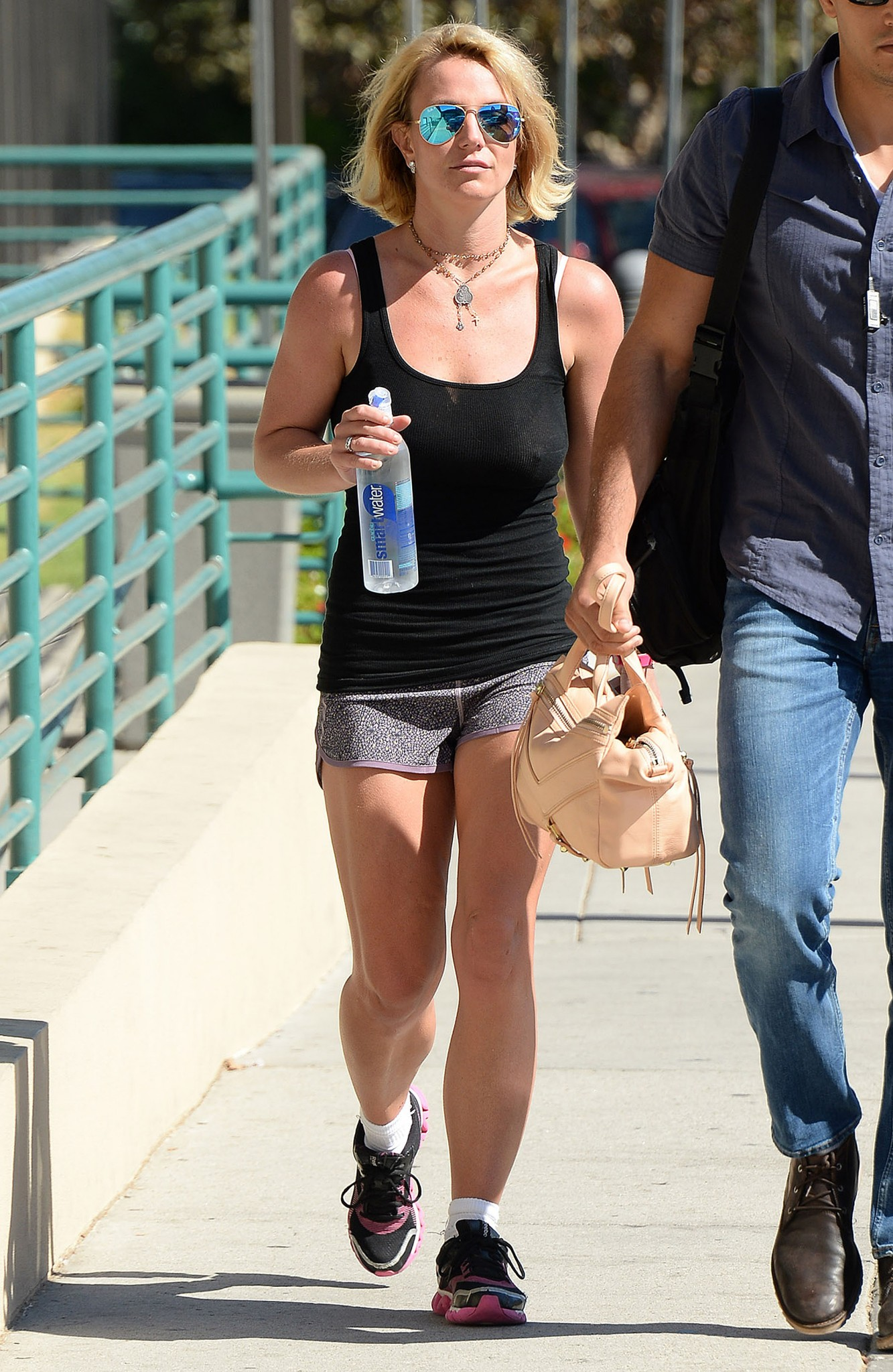 britney-spears-hard-nipples-after-leaving-gym-1.jpg