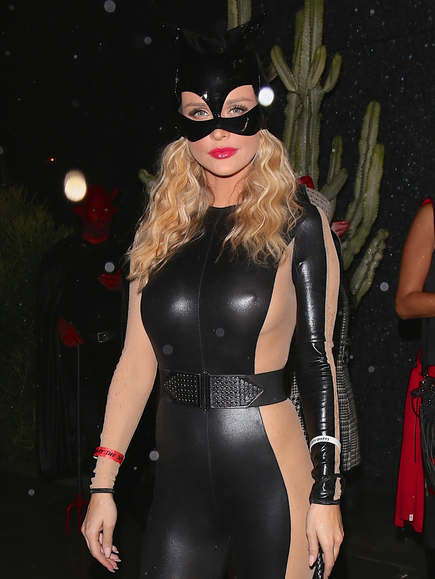 joanna-krupa-black-costume-see-through-3.jpg