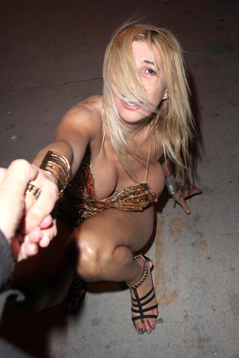 Nadeea Volianova - celebrity-slips.com