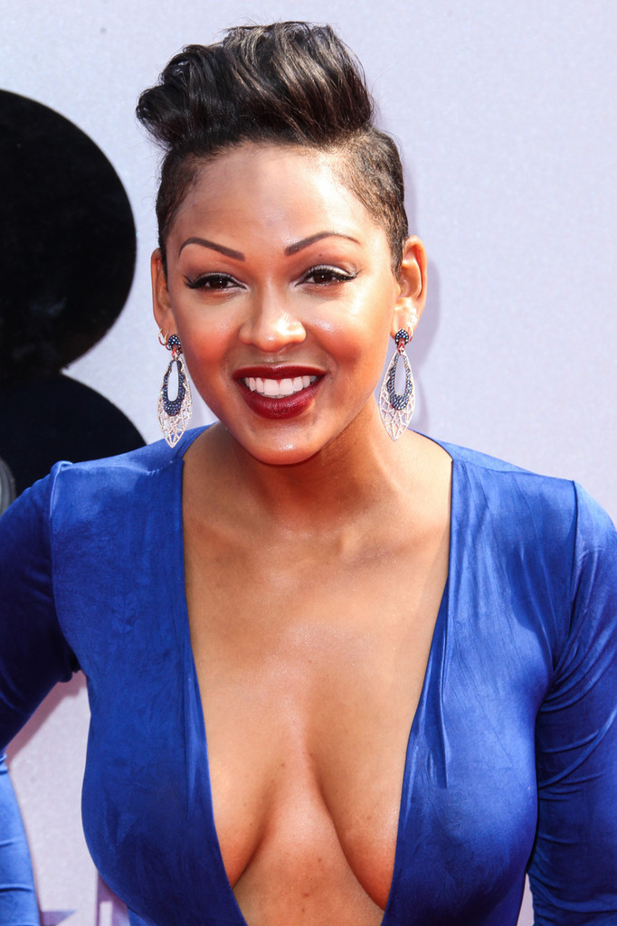 foto de Meagan Good Hardand Cleavage at the Bet Awards in