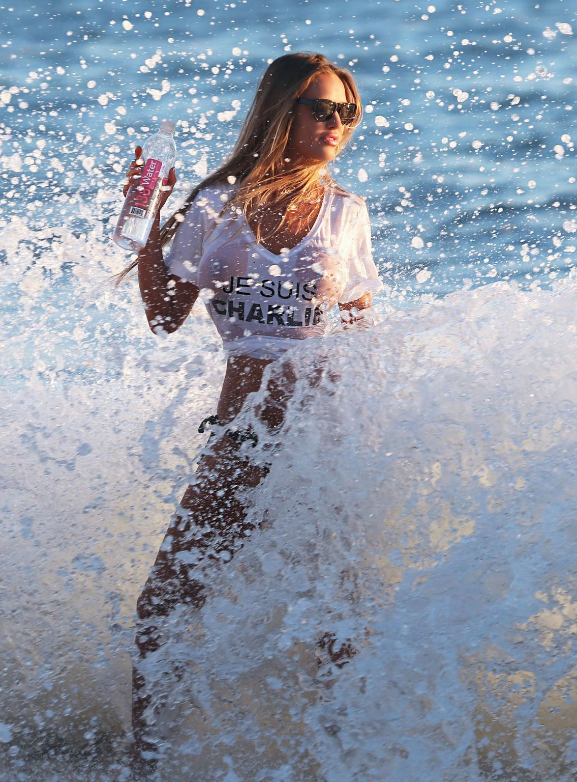 Charlie-riina-sexy-photoshoot-138-water-25