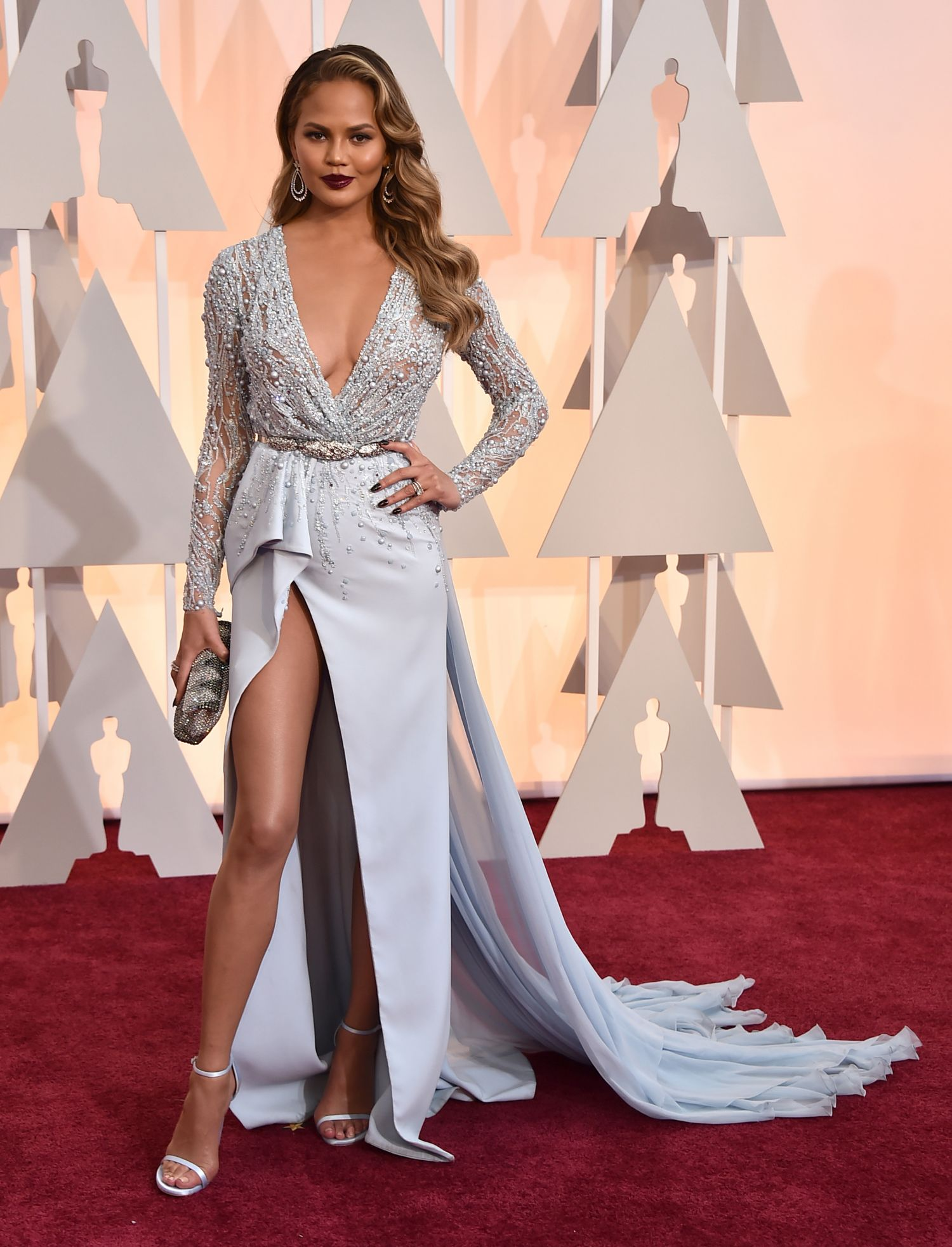 chrissy-teigen-see-through-at-the-oscars-2