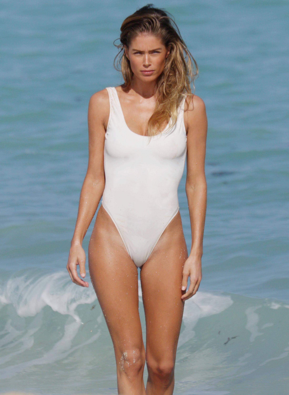 Doutzen Kroes Bikini Bodies Pic 14 of 35