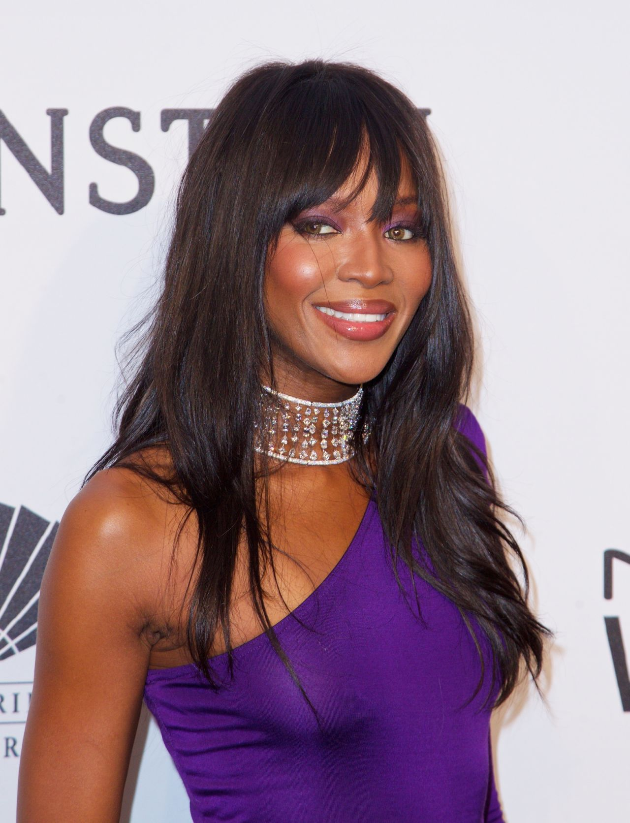 naomi-campbell-see-through-to-nipple-amfar-new-york-4