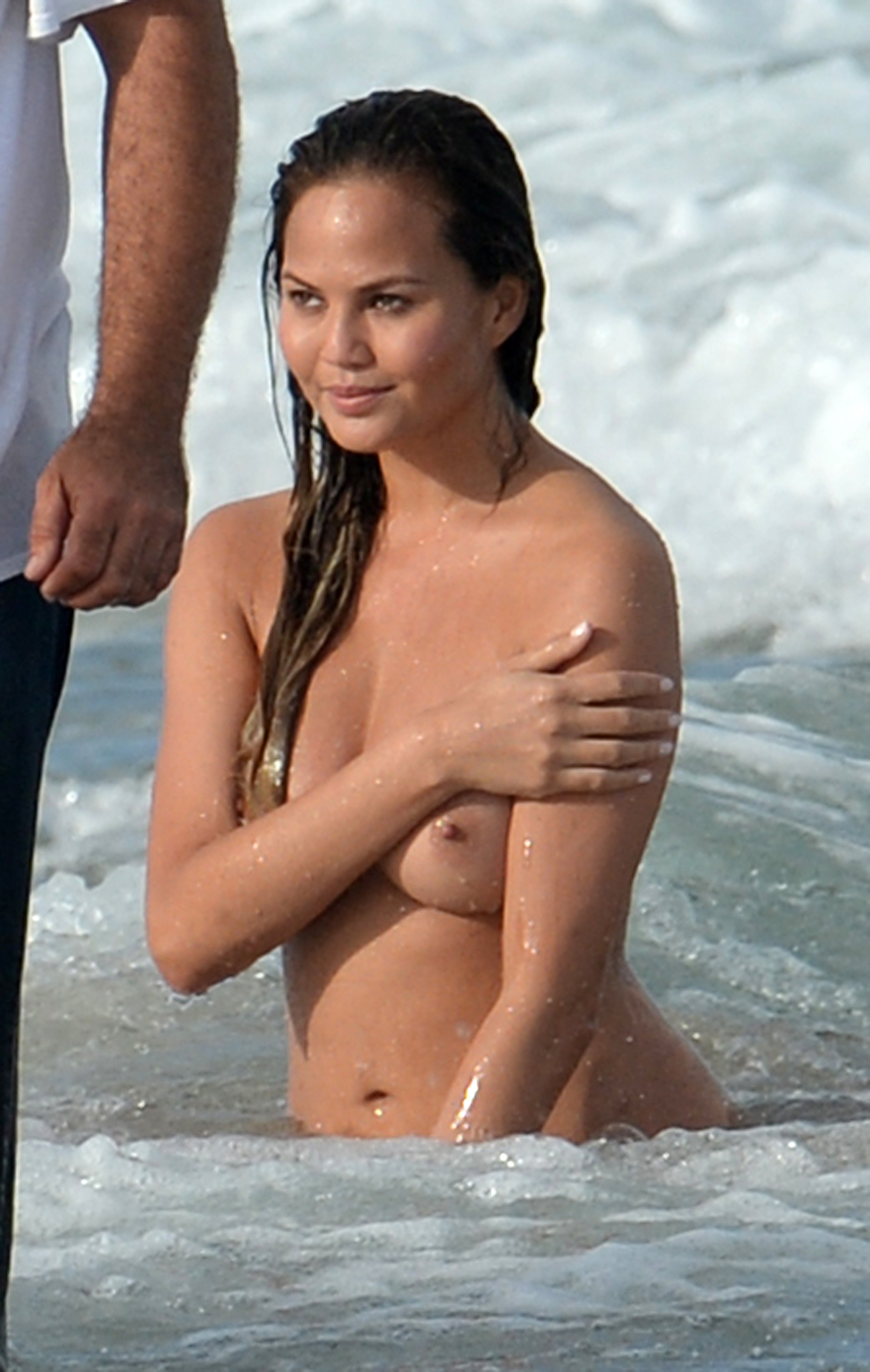 Chrissy Teigen Topless Photoshoot At Miami Beach -3262