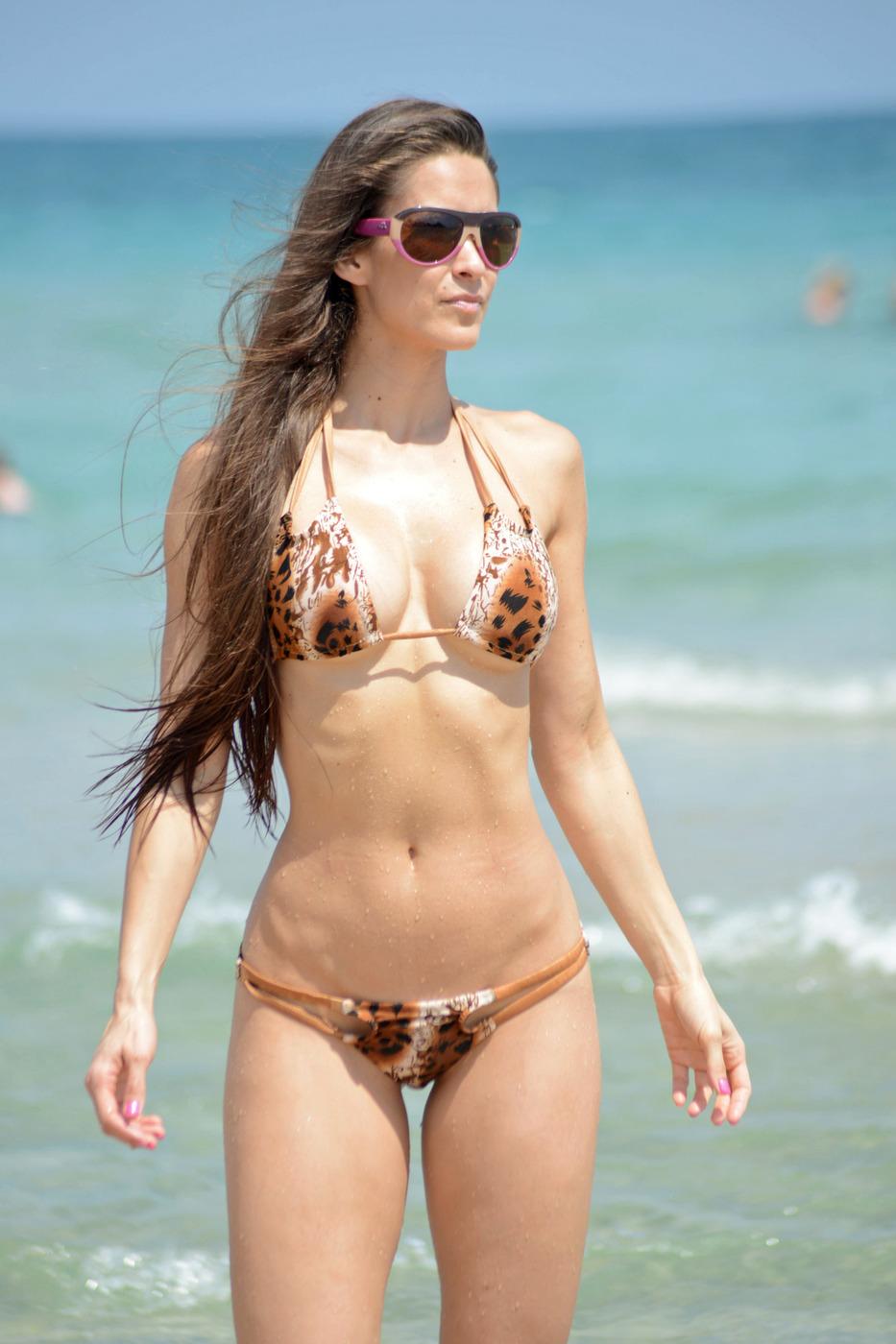 Anais Y Lili anais zanotti wearing a tiny bikini in miami | celebrity