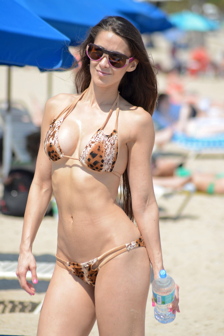 Anais Zanotti anais zanotti wearing a tiny bikini in miami | celebrity