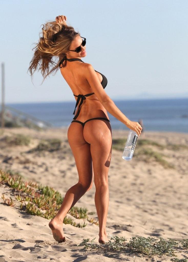 charlie-riina-hotness-bikini-photo-shoot-in-miami-6