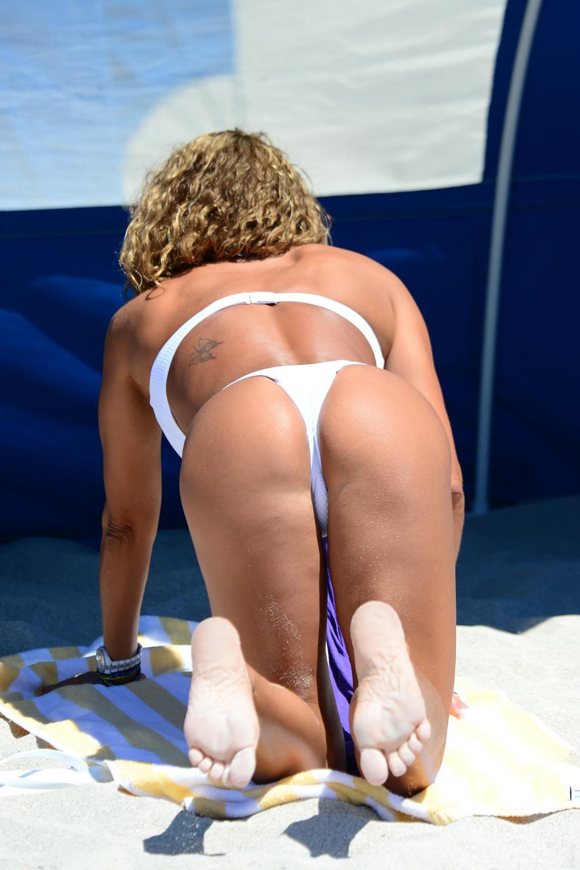jennifer-nicole-lee-white-bikini-south-beach-11