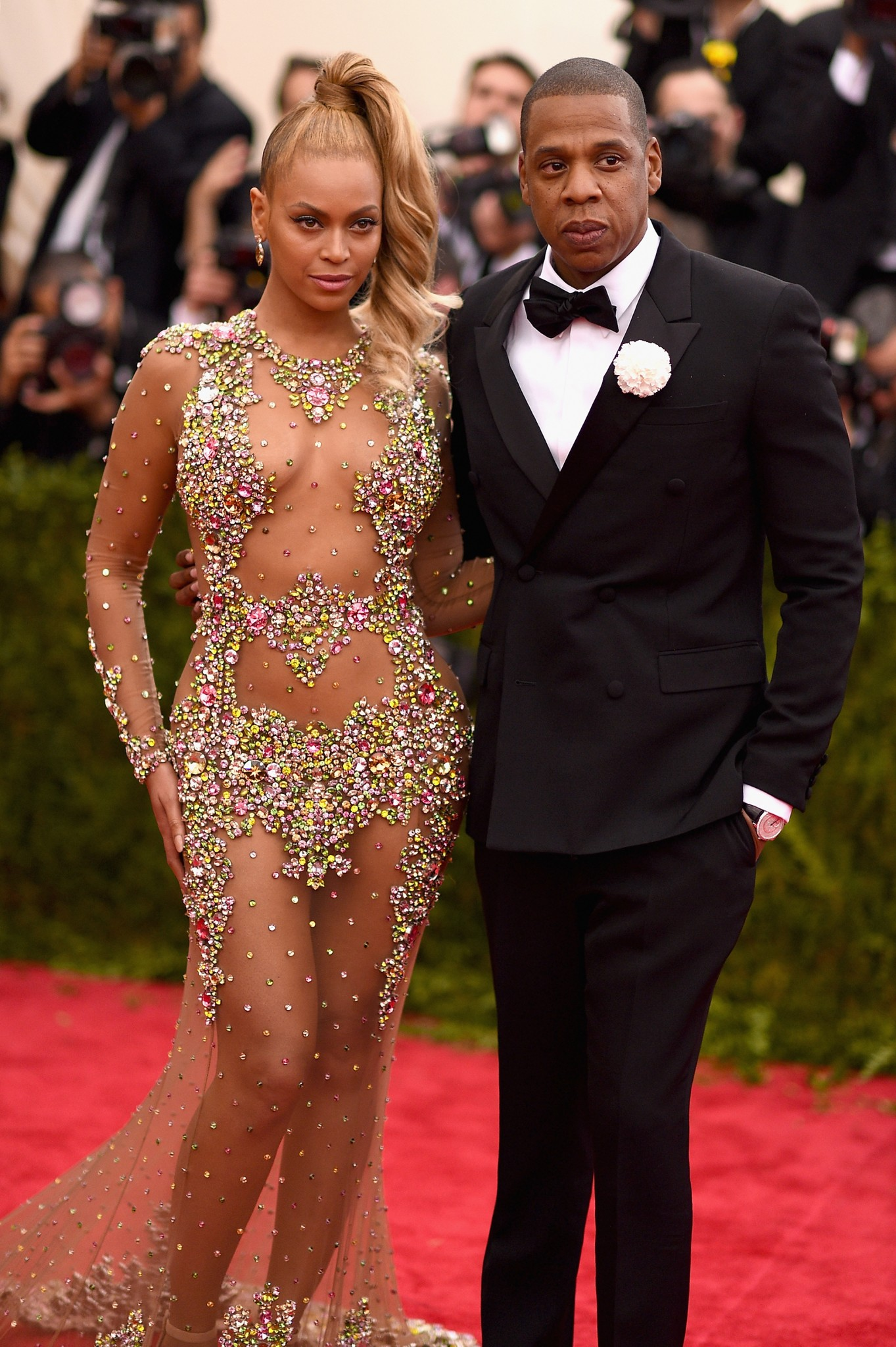 beyonce-see-through-dress-met-gala-10