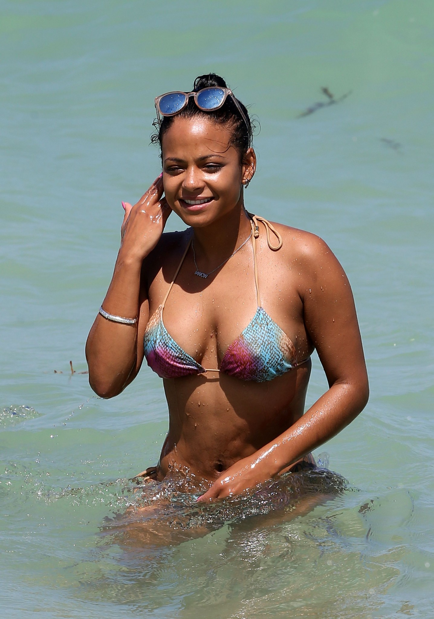 christina-milian-bikini-pictures-in-miami-10