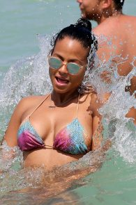 christina-milian-bikini-pictures-in-miami-8