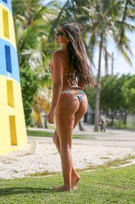 claudia-romani-bikini-shooting-in-miami-beach-1