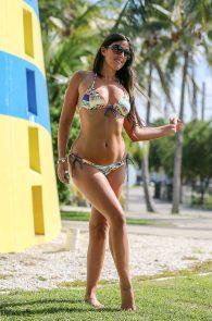 claudia-romani-bikini-shooting-in-miami-beach-10