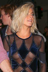 julianne-hough-braless-nipple-slip-3