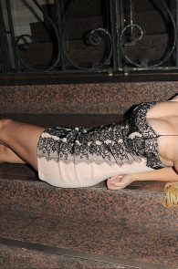 melissa-reeves-drunk-pantyless-night-out-28