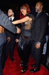 rihanna-nipple-slip-at-met-gala-after-party-8