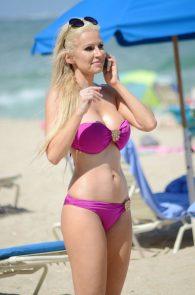ana-braga-bikini-body-in-miami-1