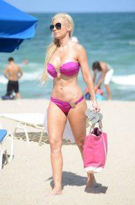 ana-braga-bikini-body-in-miami-21