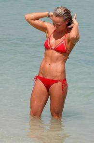 chloe-madeley-smoking-hot-in-a-red-bikini-2