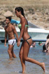 federica-nargi-thong-bikini-on-the-beach-14