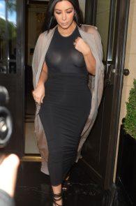 kim-kardashian-see-through-to-boobs-01