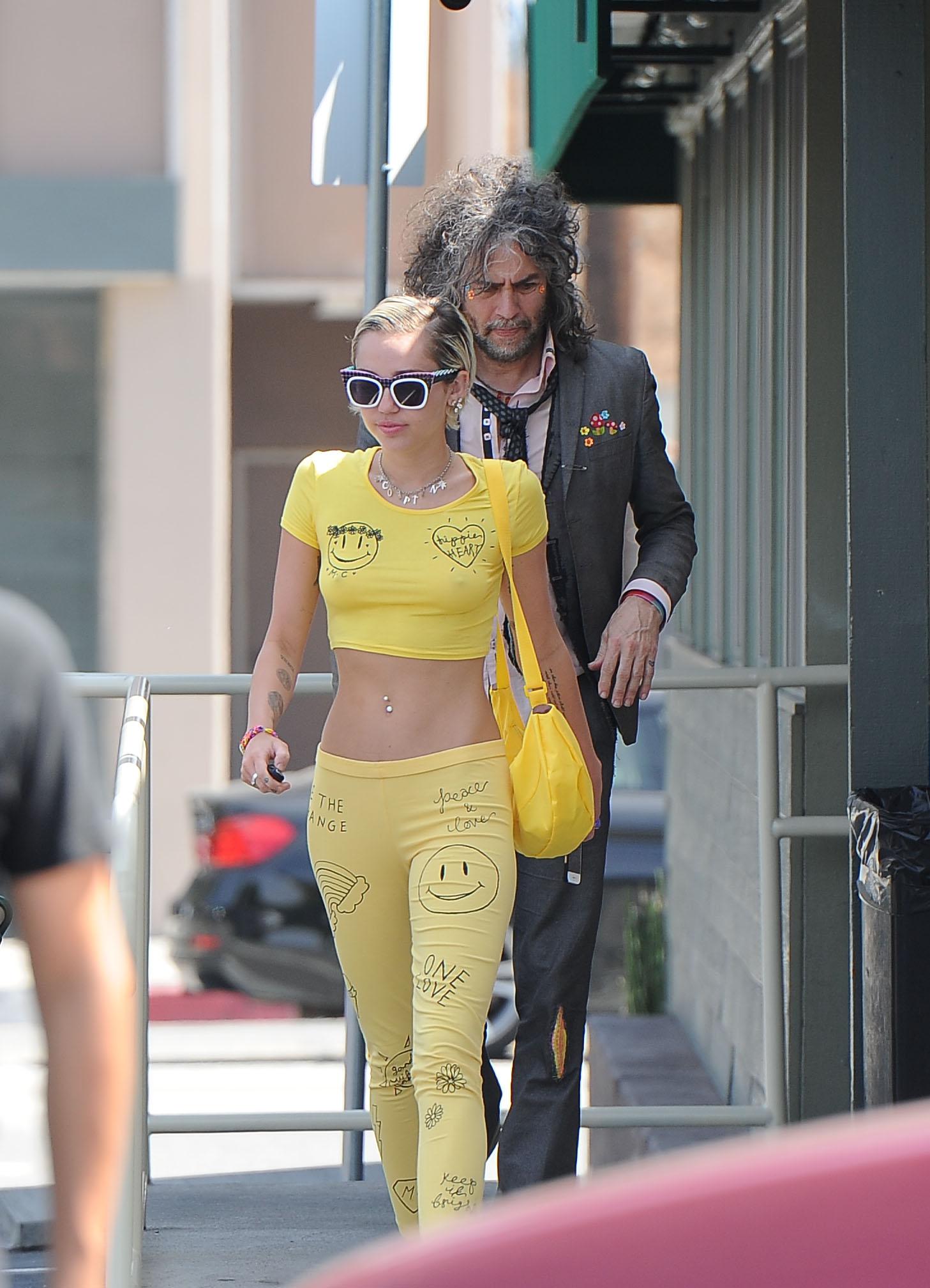 Miley-Cyrus-See-Through-top-7 Celebrity-Slipscom-8918