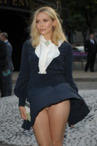 elizabeth-olsen-wind-blown-upskirt-in-paris-02