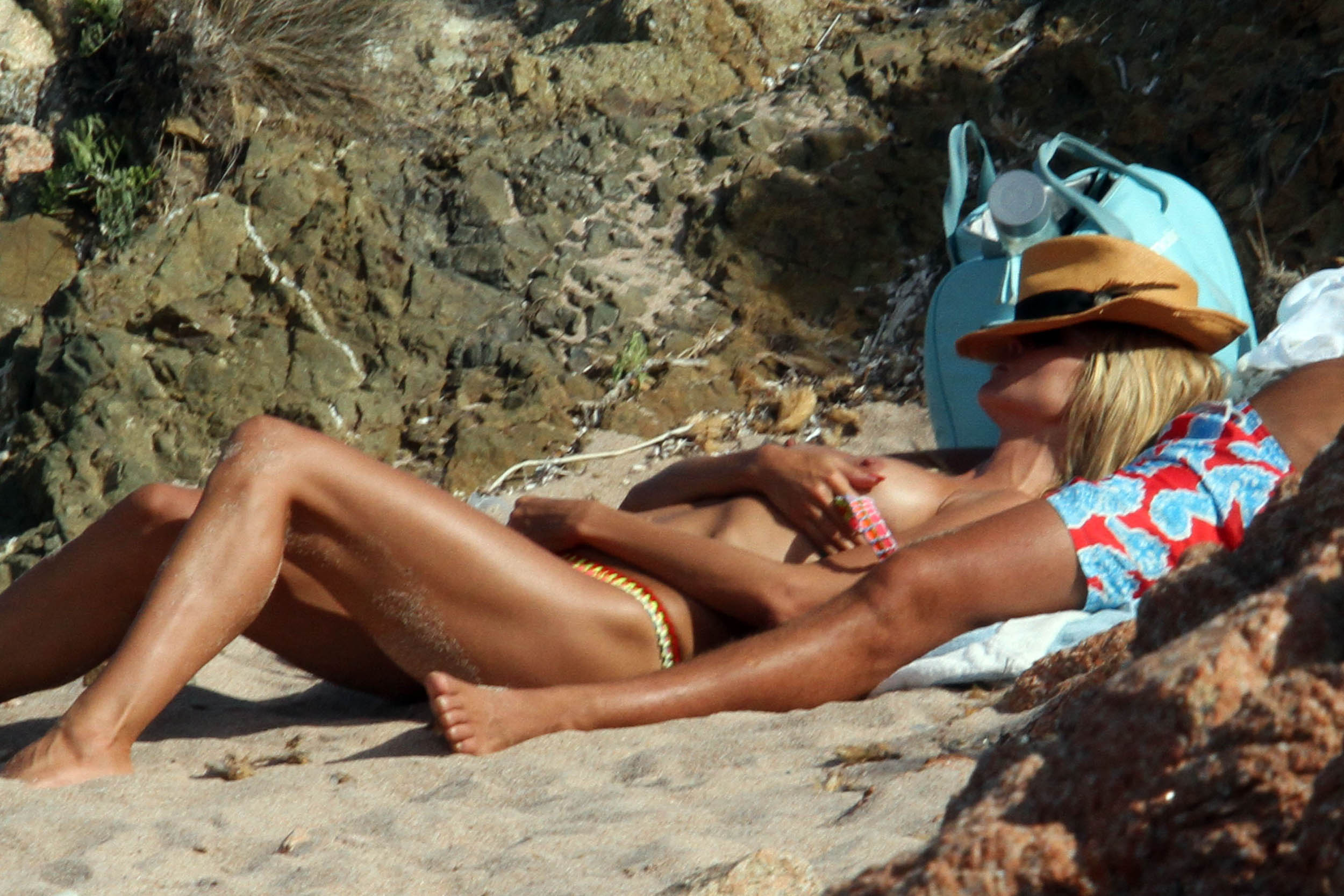 nude at the beach pics  236403