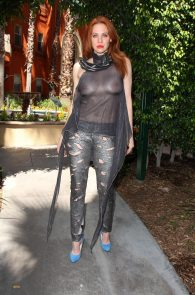 maitland-ward-see-through-to-nipples-comi-con-party-18