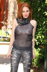 maitland-ward-see-through-to-nipples-comi-con-party-20