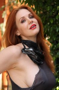 maitland-ward-see-through-to-nipples-comi-con-party-22