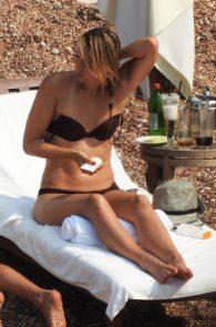 maria-sharapova-wearing-a-bikini-in-montenegro-10