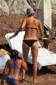 maria-sharapova-wearing-a-bikini-in-montenegro-15
