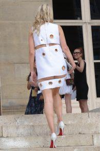 nicky-hilton-upskirt-paris-fashion-show-06