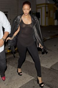 rihanna-see-through-to-pierced-nipple-11