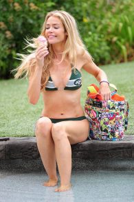 denise-richards-in-bikini-poolside-07