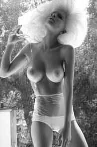 emily-ratajkowski-nude-topless-treats-2011-05