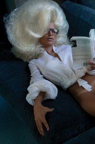 emily-ratajkowski-nude-topless-treats-2011-10