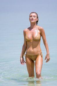 joanna-krupa-hard-nipples-bikini-in-israel-08