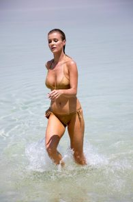 joanna-krupa-hard-nipples-bikini-in-israel-14
