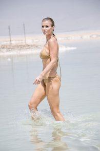 joanna-krupa-hard-nipples-bikini-in-israel-15