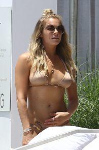 leann-rimes-wearing-a-bikini-at-a-pool-12
