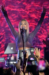 rita-ora-upskirt-nipple-pasties-while-performing-in-los-angeles-25