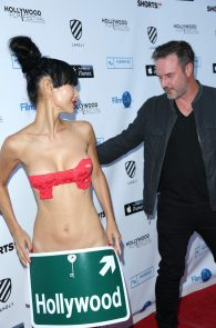 bai-ling-see-through-to-nipples-hollywood-film-festival-02
