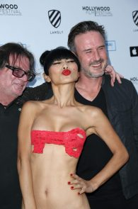 bai-ling-see-through-to-nipples-hollywood-film-festival-04