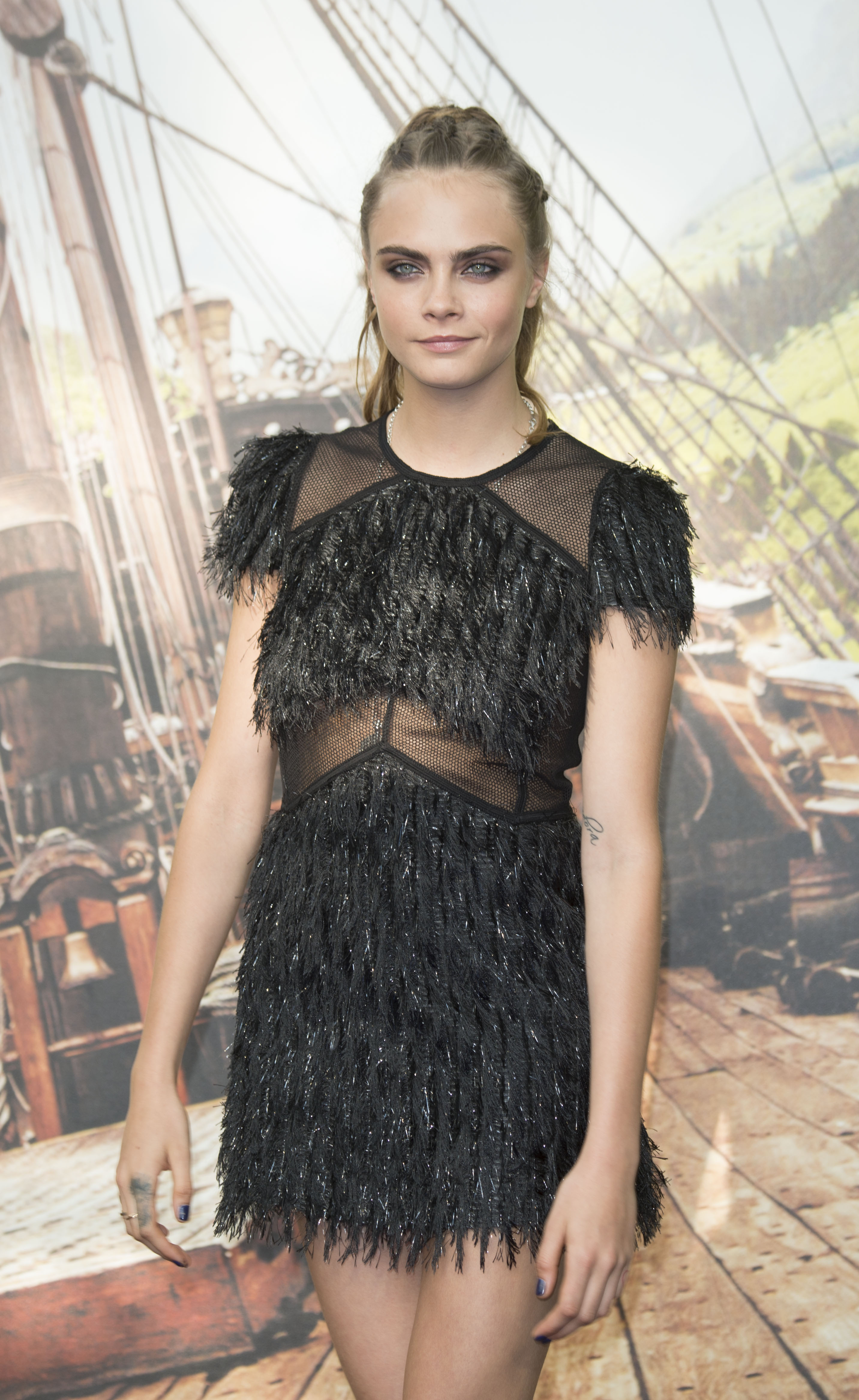 Cara delevingne upskirt new picture