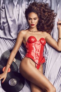 joan-smalls-topless-for-lui-magazine-september-2015-08