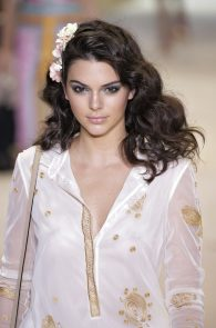 kendall-jenner-see-through-pierced-nipple-ny-fashion-show-16